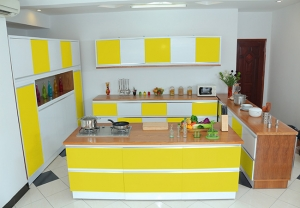 Kitchen yellow 1