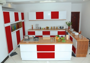 Kitchen red 4