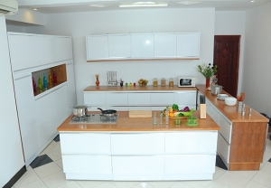 Kitchen white 1